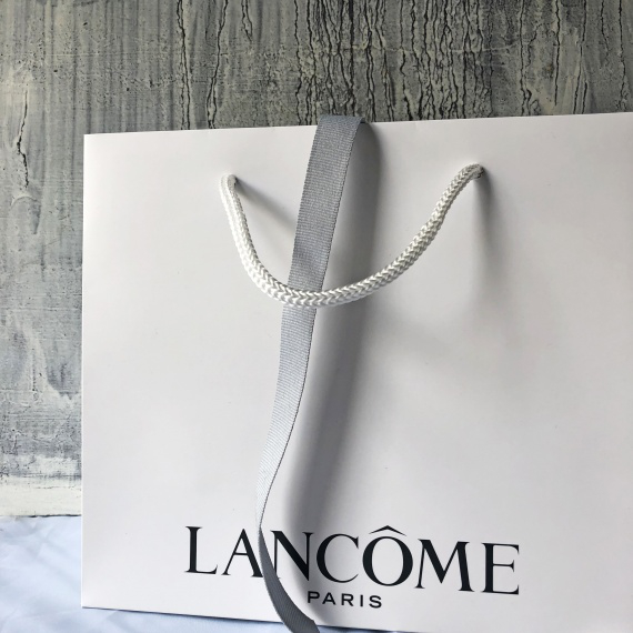 Laminated Luxury Paper Bags