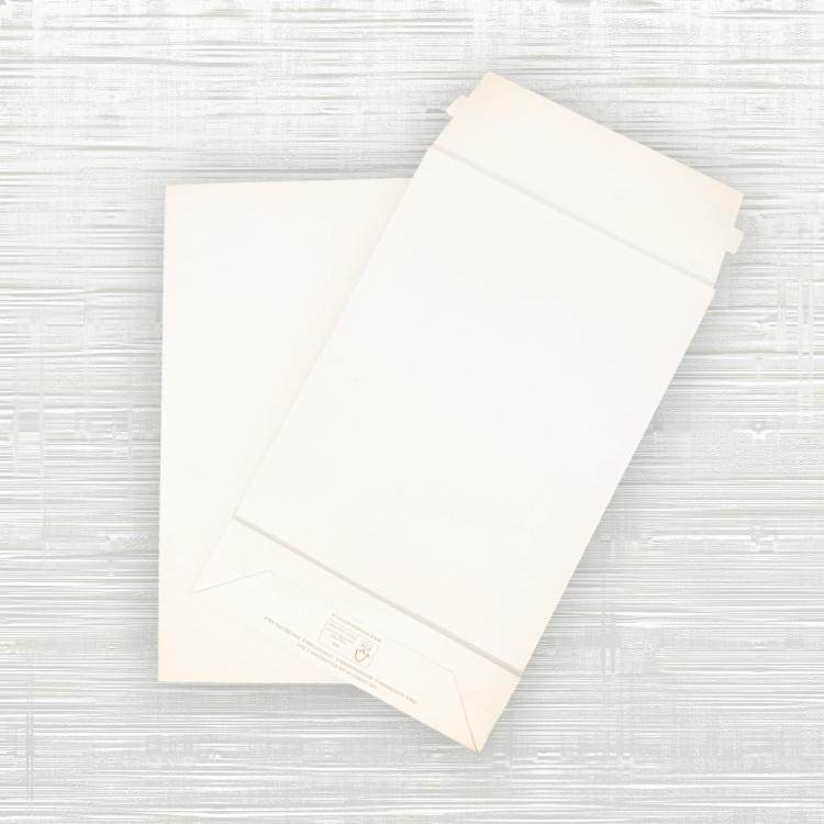 Small Premium White Paper Mailing Bags – 190x50x300